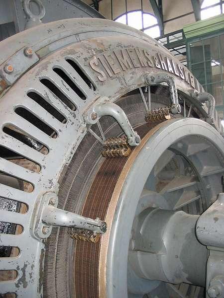 In der Maschinenhalle der Zeche Zollern, Schacht II/IV; Foto: 01.09.2006, Dortmund