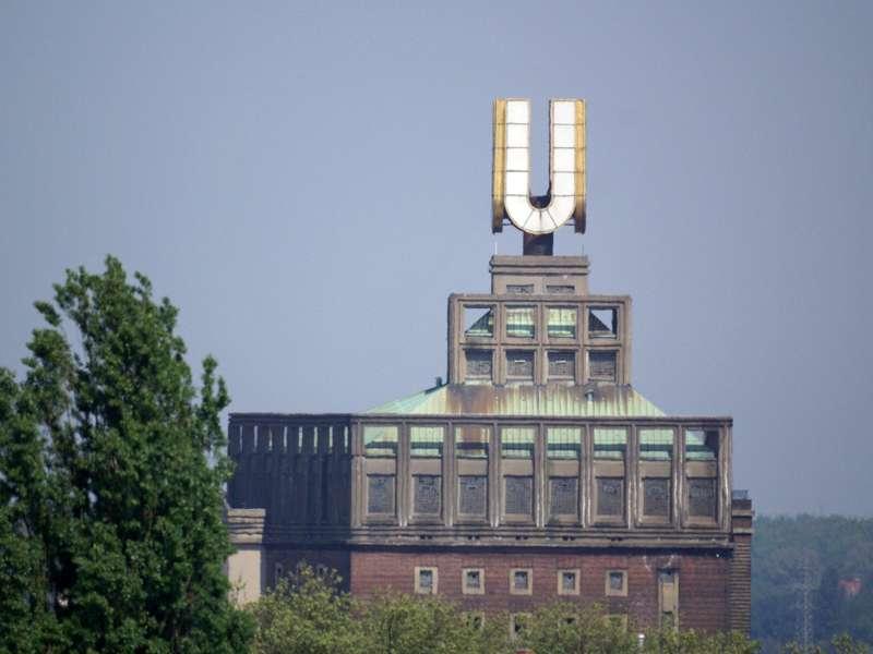 Das Dortmunder U ist ein Wahrzeichen der Stadt im östlichen Ruhrgebiet; Foto: 29.04.2007, Dortmund-Zentrum
