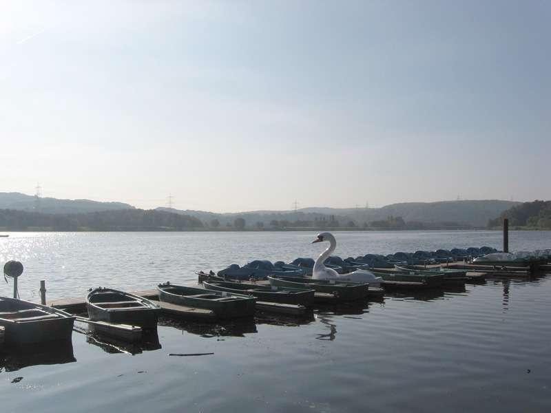 Boote auf dem Kemnader See; Foto: 15.10.2007, Bochum-Stiepel