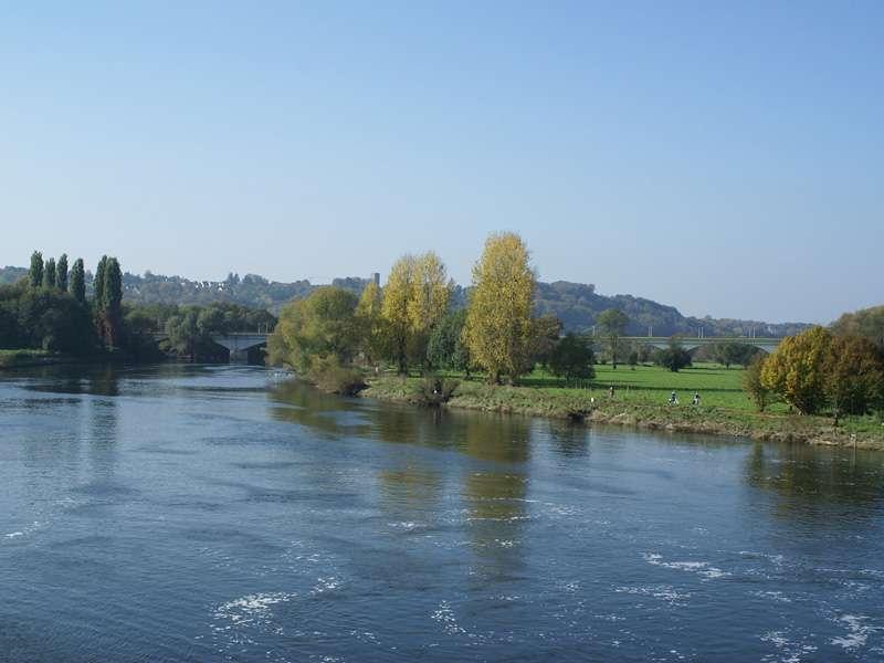 Blick zur Kemnader Brücke nach Hattingen; Foto: 15.10.2007, Hattingen-Blankenstein