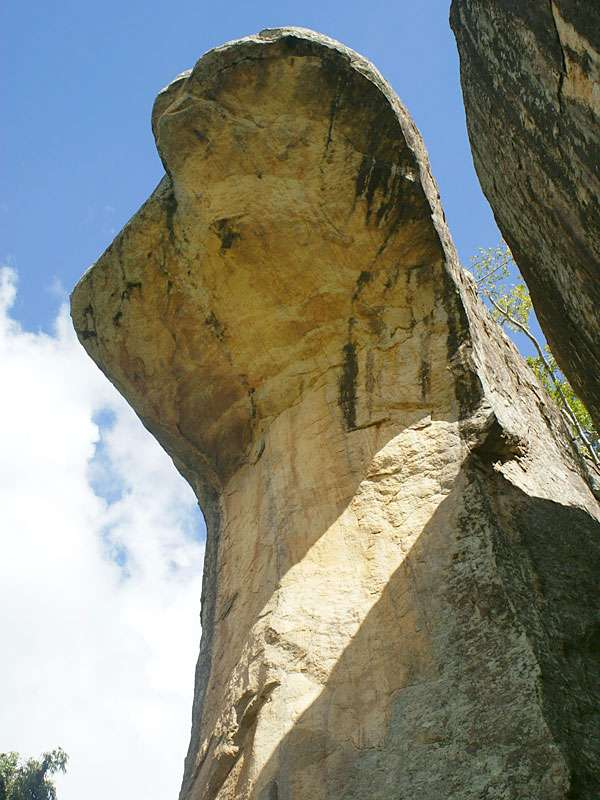 Höhle der Kobrahaube in Sigiriya; Foto: 10.11.2006, Sigiriya