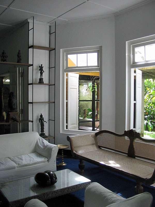 Sitzecke im Haus auf dem Anwesen Brief Garden; Foto: November 2006, Kalawila