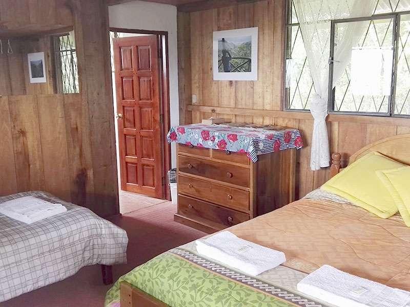 Mein Zimmer in der Yellow House Lodge; Foto: 22.12.2017, Mindo